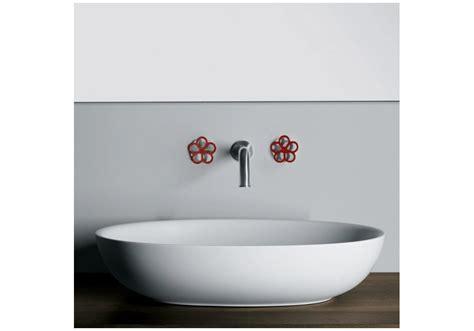 rubinetti a parete pipe boffi coppia rubinetti a parete milia shop