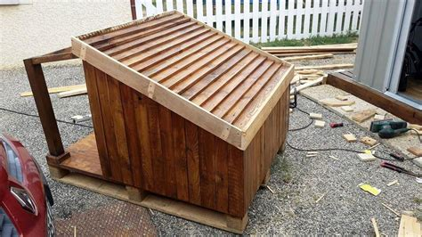 how to build a roof for a dog house pallet dog house step by step plan diy crafts