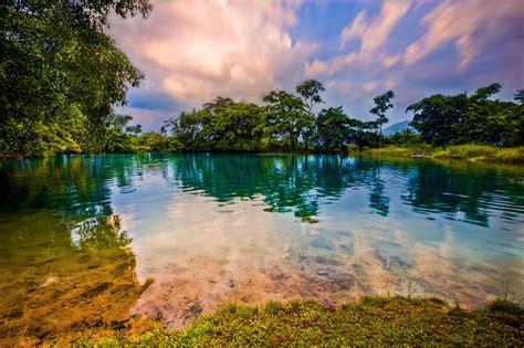 Buku Wisata Murah Sumatera Panduan Keliling Sumatera Paling Murah Pr wisata alam medan yang menakjubkan reservasi