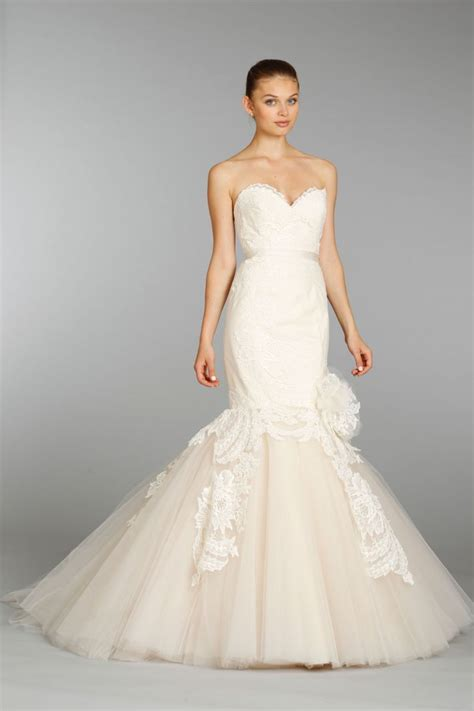 15 beautiful wedding dresses by lazaro onewed