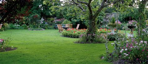 allestimento giardini privati progettazione e realizzazione giardini