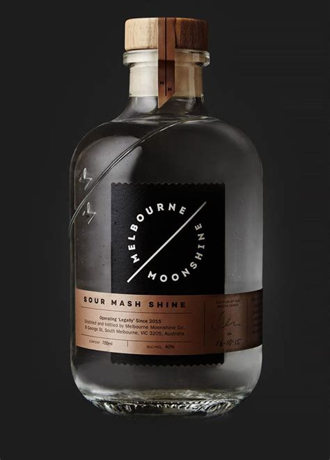 Distilled Water For Copper Detox by 25 Unique Bottle Ideas On Bottle Vase Diy