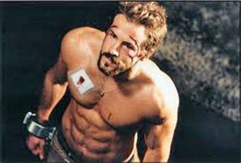 ryan reynolds bench press want bigger muscles in less time
