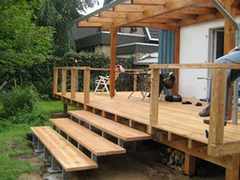 veranda überdachung selber bauen erh 246 hte holz veranda mit 220 berdachung veranda aus holz