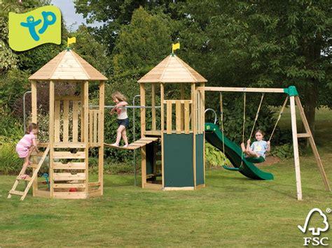 Kinderspielturm Garten by Neue Spielt 252 Rme Exit Holz Haus De