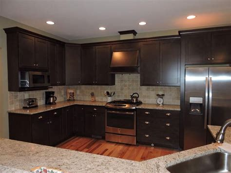 Homecrest Kitchen Cabinets Kitchen Cabinet Homecrest Cabinets Maple Buckboard Kitchen Top Granite Giallo Ornamental