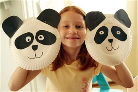 How To Make A Paper Plate Puppet - paper plate panda puppet family crafts