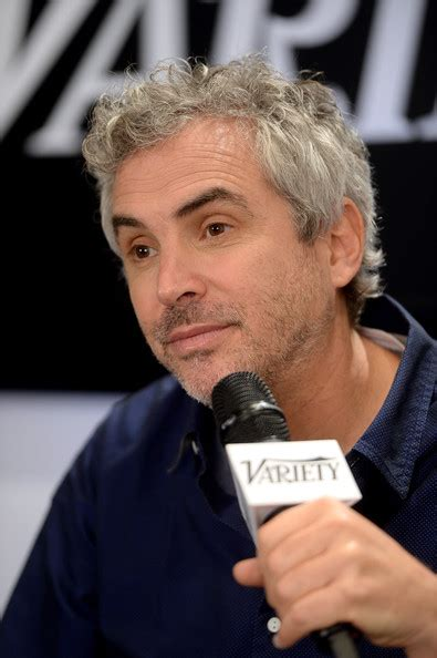 alfonso cuarón tv alfonso cuar 243 n photos photos variety studio at holt