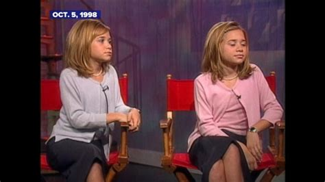 junes top celebrity pictures photos abc news oct 5 1998 the olsen twins on schoolwork script work