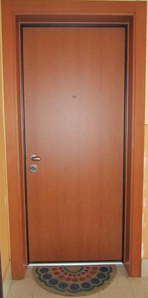 scassinare porta blindata v8 serramenti porte blindate