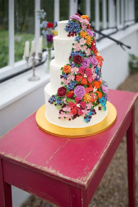 Looking For Wedding Cakes by Best 10 Flower Cakes Ideas On