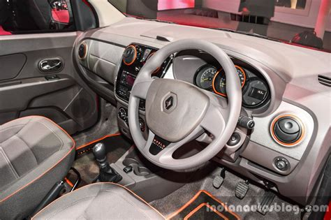 renault lodgy interior renault lodgy world edition interior at the autp expo 2016