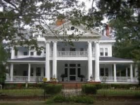 southern plantation houses southern house southern plantation homes pinterest