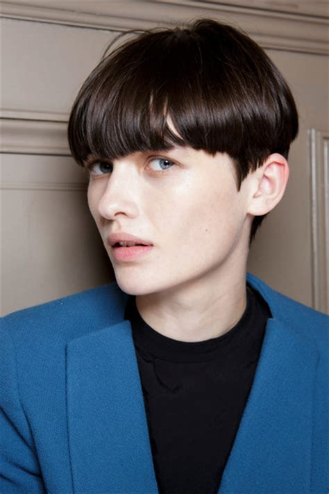 beautican that specialize in short cut in chicago breaking hair trend androgynous beauty and the politics