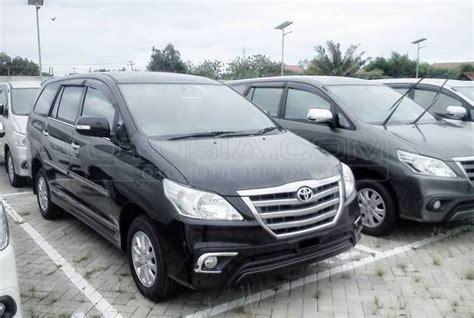 2015 toyota kijang innova 2 0 mobil kapanlagi dijual mobil bekas surabaya toyota