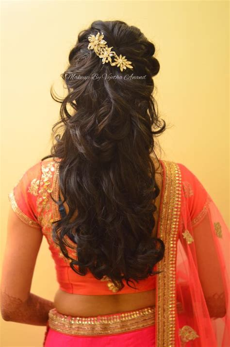 Hindu Bridal Hairstyles For Hair by Indian S Reception Hairstyle By Swank Studio Curls