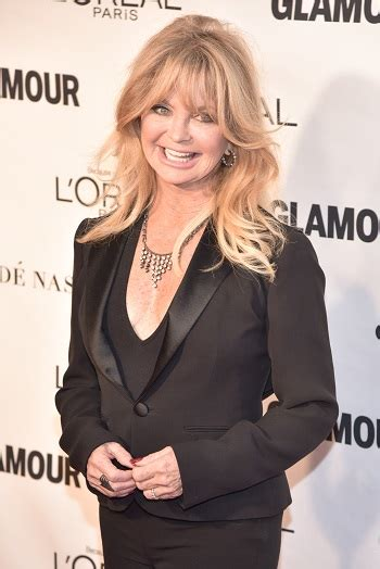 goldie hawns hair 2015 hairstyles goldie hawn long layered hairstyle with