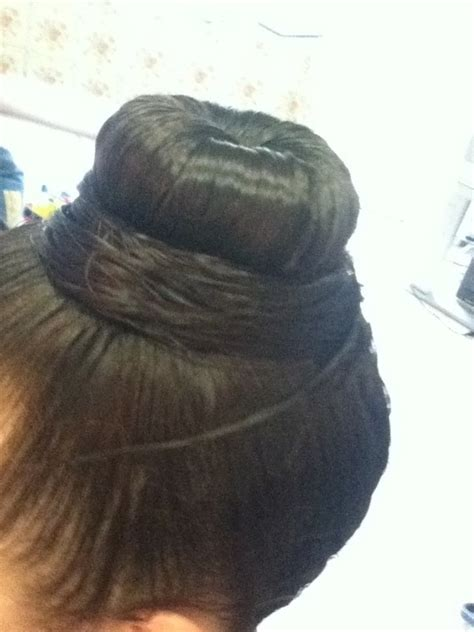 how to cut off a bun steps with images big bun not messy 183 how to style a hair bun 183 hair