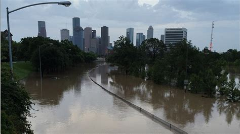 boat show houston today live updates massive flooding continues in houston