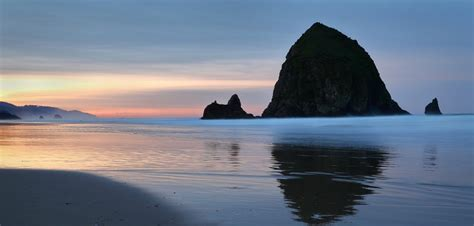 The Ultimate Guide to the Best Cannon Beach Sunrise Spots