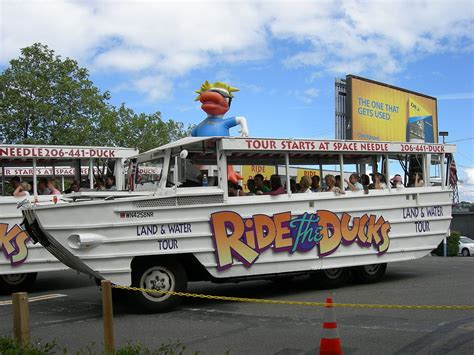 water boat tours seattle seattle s ride the ducks tours to remain suspended