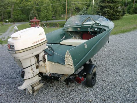 aluminum runabout boat for sale crestliner jetstreak runabout aluminum feathercraft