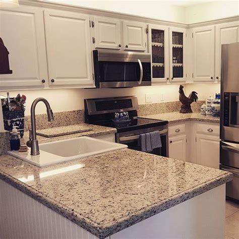 Dallas White Granite Countertops by Beautiful Kitchen With Dallas White Granite Counter Tops