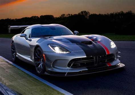 2016 dodge viper acr review snakes on a track gearopen