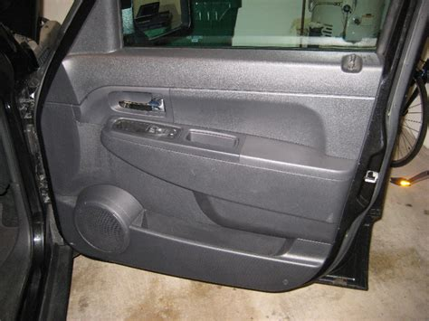 How To Remove Jeep Doors Jeep Liberty Door Panel Removal Speaker Replacement Guide 001
