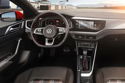 polo gti interni new volkswagen polo gti revealed pictures auto express