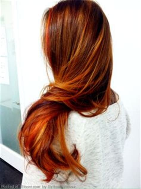 natural red hair with highlights and lowlights red hair with lowlights beautiful hair colors for