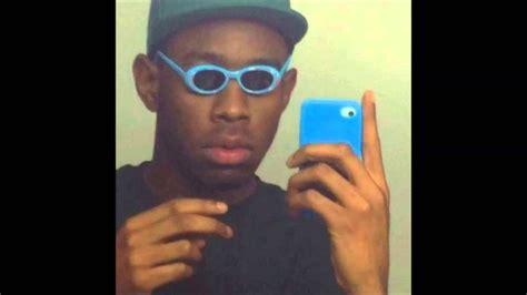 Black Guy With Glasses Meme - childish gambino crawl youtube