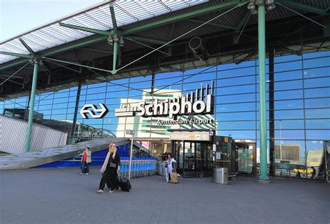 schiphol airport schiphol airport railway station wikipedia
