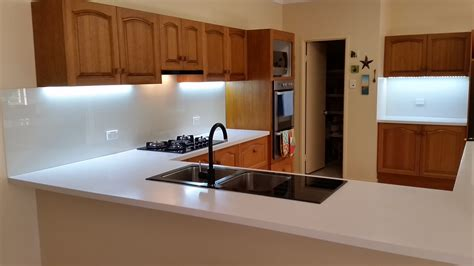 glass splashbacks cashmere glass splashback coloured glass splashbacks for