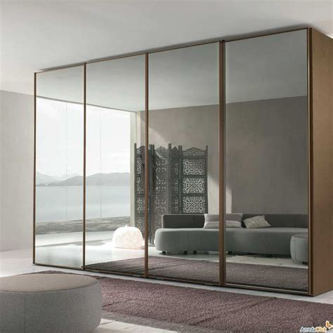 Mirrored Wardrobe Closets by Best 25 Sliding Mirror Wardrobe Ideas On