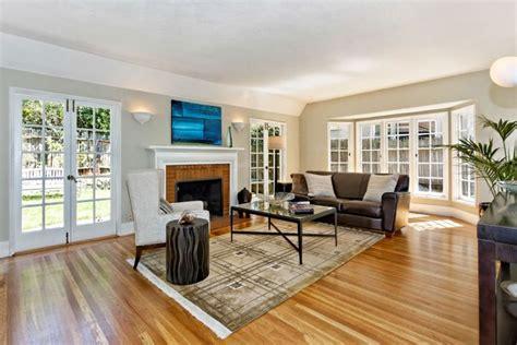 light hardwood floors living room living room colors with light wood floors living room