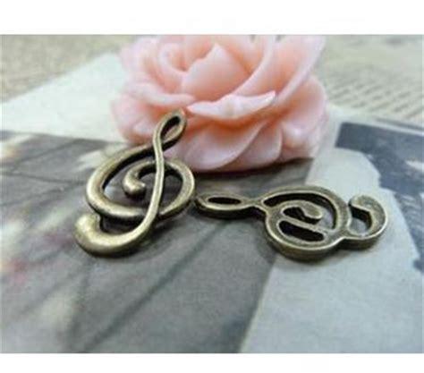Musical Necklace Bronze Piano Kalung Musik Aksesoris Musik diy perhiasan aksesoris 12 23mm perunggu kuno simbol musik 30 pcs pack gratis pengiriman di