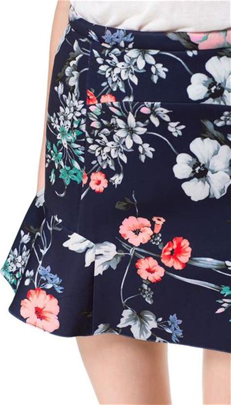 Zara Emboss Skirt zara printed skirt with ruffles in floral navy blue lyst