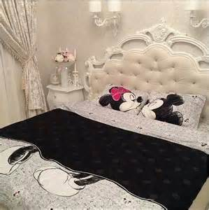 i want this minnie mouse and mickey mouse bedding so