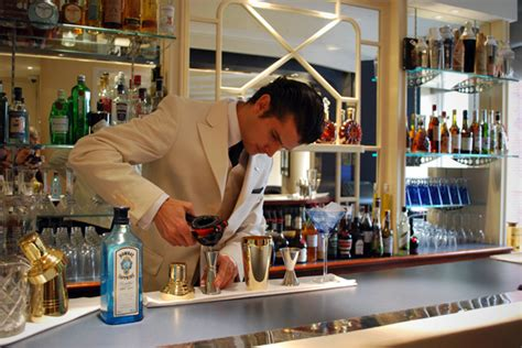 Top 10 Cocktail Bars In by Top 10 Classic Cocktail Bars In 2luxury2