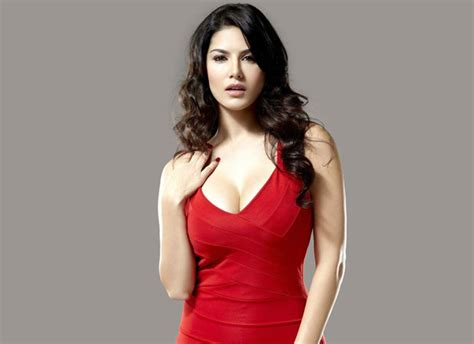 sunny leones life after bollywood wow after wooing bollywood sunny leone to do an item