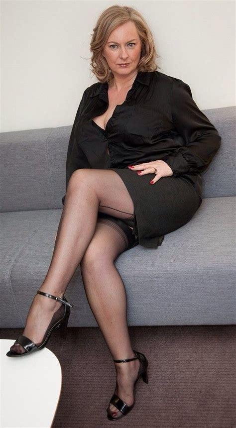 best volumizing shoos for older women mature in stockings annabel courtesan pinterest