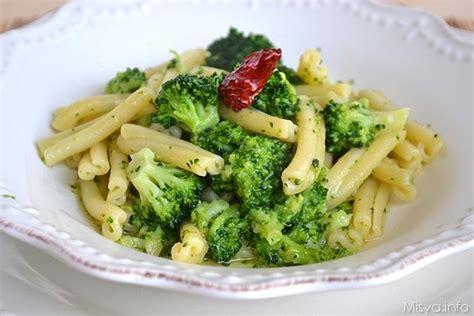 cucinare broccolo fiolaro 187 pasta con i broccoli ricetta pasta con i broccoli di misya