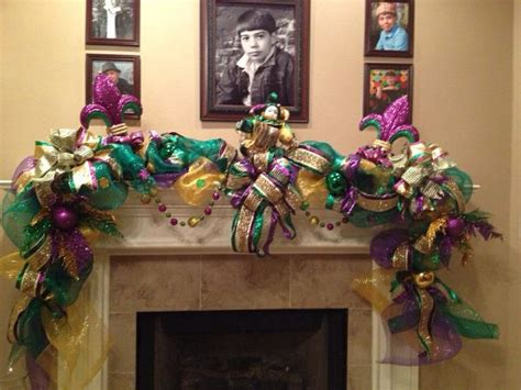 mardi gras home decor 70 best mardi gras mantels images on mantels carnivals and celebrations