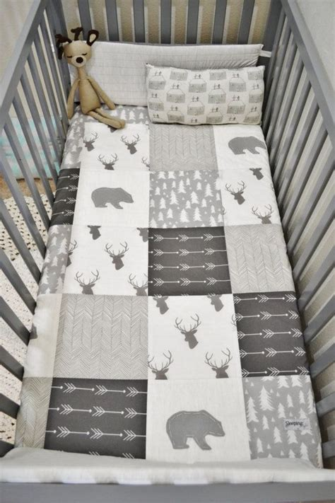quilts for boy room best 25 baby patchwork quilt ideas on patchwork patterns baby quilt patterns and