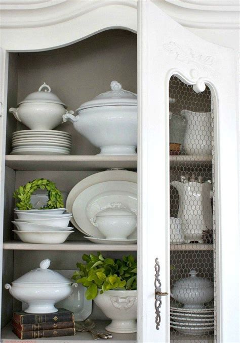 how to display china in a cabinet 25 best ideas about china cabinet display on