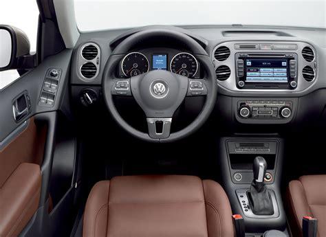 volkswagen tiguan car review price photo