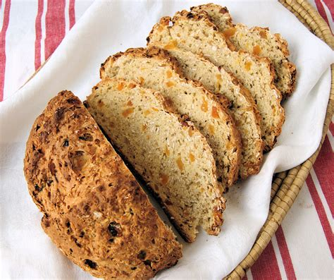 Sofa Bread by Oatmeal Soda Bread With Apricots Baking Sense