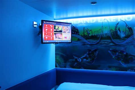 thorpe park mania thorpe shark hotel