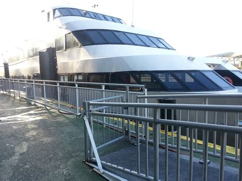 nyc boat cruise chelsea piers bateux dinner cruises in new york bateux dinner cruises